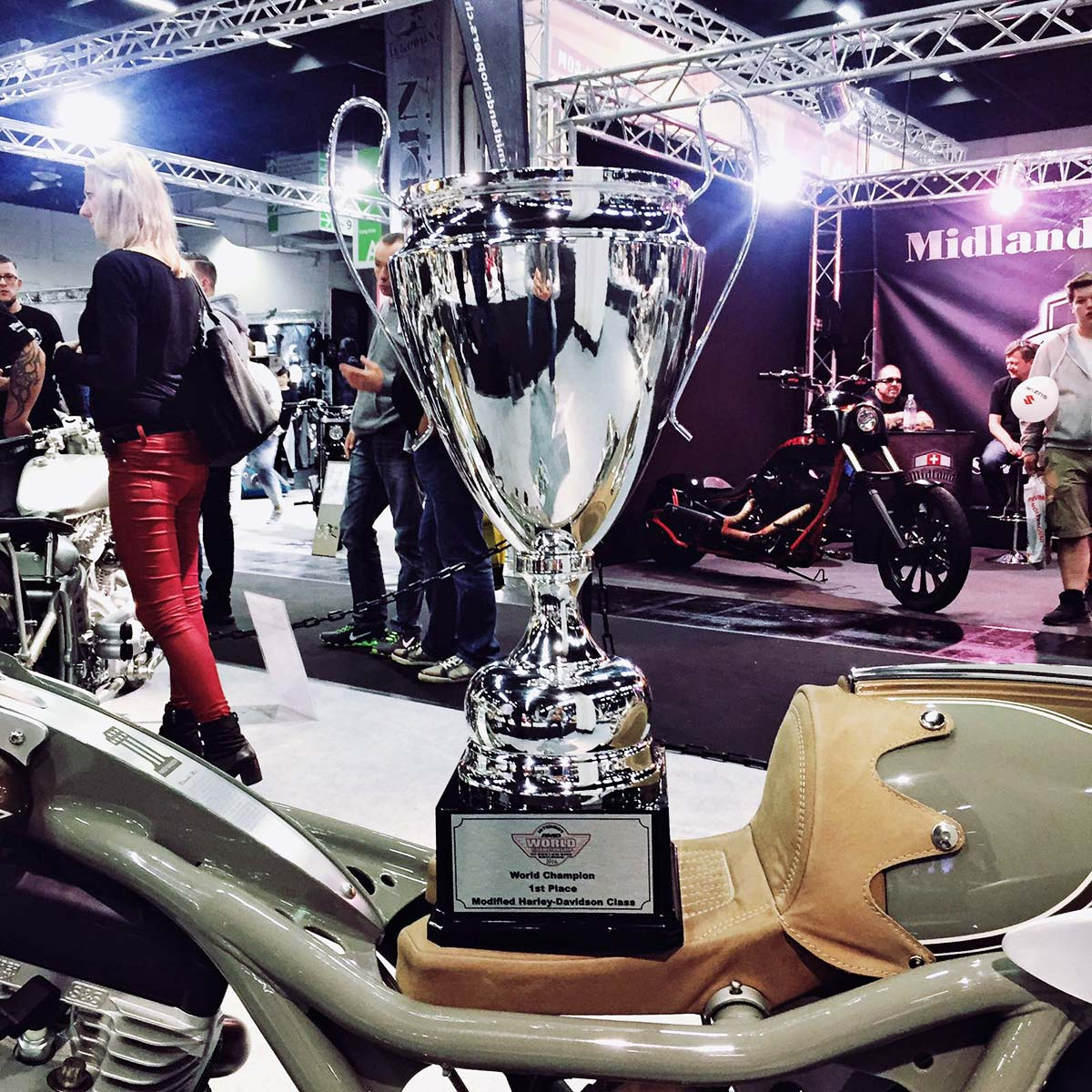 Milwaukee Mile by German Motorcycle Authority wins 1st place at World Champion Awards